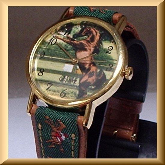 Uniek horloge met steigerend paard