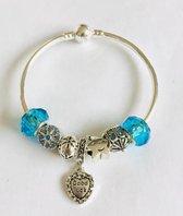 Dames Armbanden Met Verschillende Soorten Kralen ~ Blauw