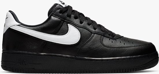 bol.com | Nike Air Force 1 Low Retro QS Zwart / Wit - Dames ...