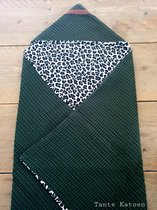 Wikkeldoek - Green Leopard - Wikkeldeken - Omslagdoek - Baby Wrapper - babydeken - Baby badcape met capuchon - Babywrapper - Wrapping - Wrapper - Kraamcadeau - Babyshower