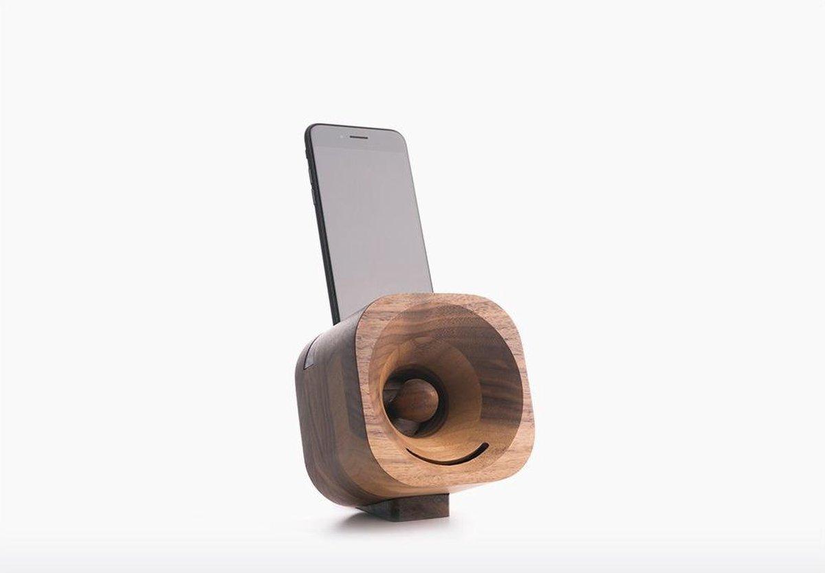 Trobla – Akoestische Versterker voor Smartphones – Walnoot - Product Adapter: iPhone