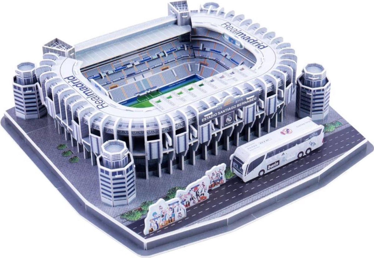 3D-puzzel van bekende voetbalstadiums: SANTIAGO BERNABEU Real Madrid.