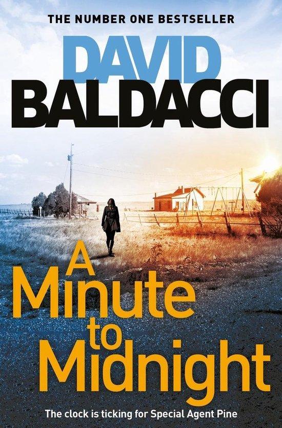 Omslag van A Minute to Midnight Atlee Pine series