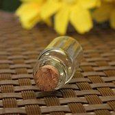 Kleine Glazen Mini Flesjes Met Kurk Deksel Dop - Lege Glas Decoratie Flesjes - Transparant - Set Van 20 Stuks - Inhoud 1 Ml