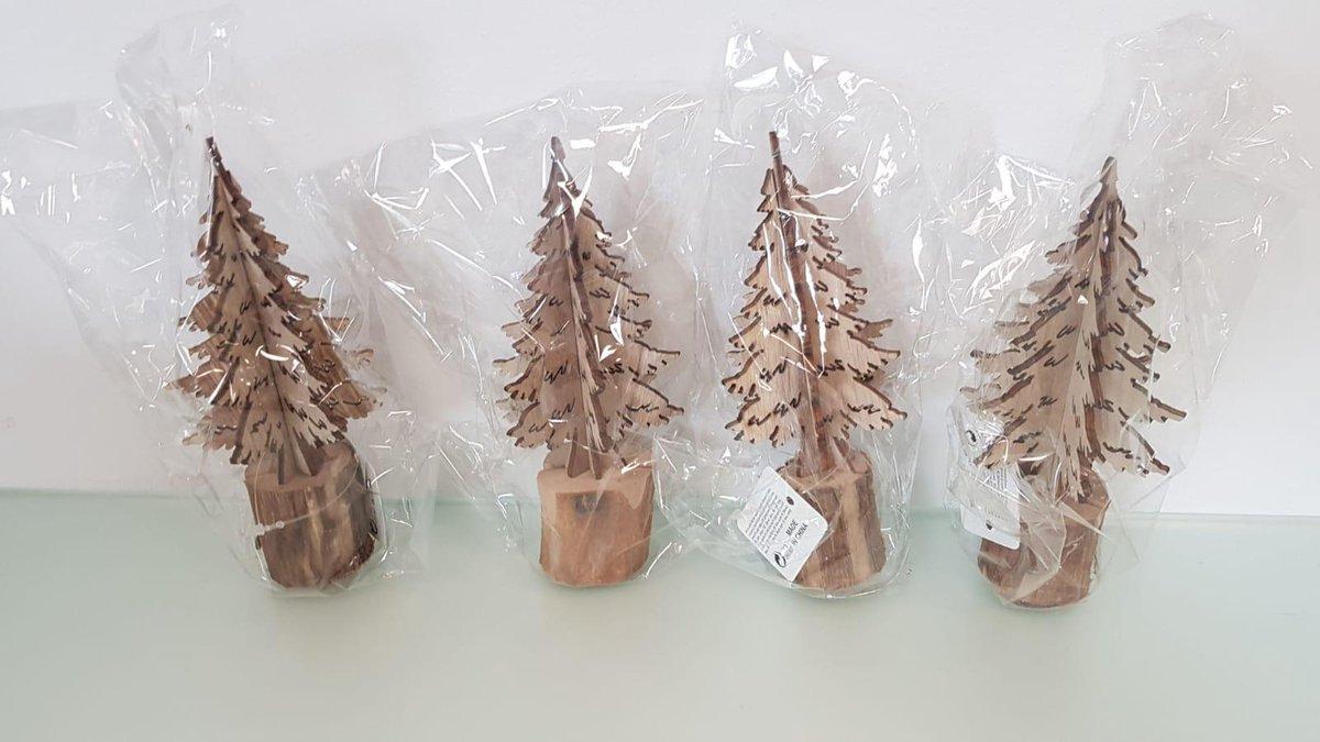 Houten kerstboompjes 4 stuks kopen