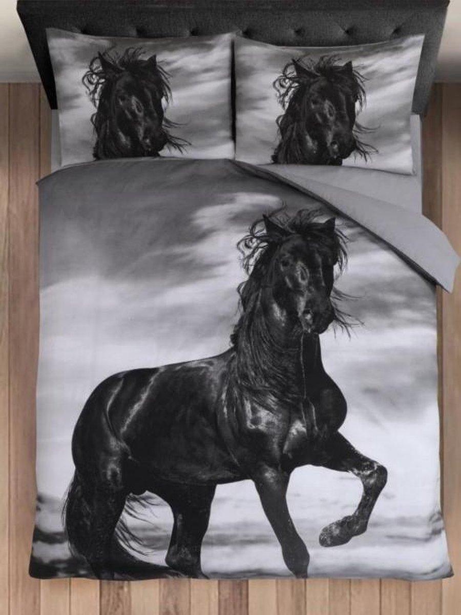 Cotton Club Dekbedovertrek Fries Paard - 200x200/220 - Tweepersoons - Zwart/Grijs kopen