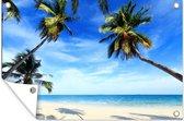 Palmbomen zorgen voor schaduw bij een tropisch strand Tuinposter 180x120 cm - Tuindoek / Buitencanvas / Schilderijen voor buiten (tuin decoratie) XXL / Groot formaat! / Zee en Strand
