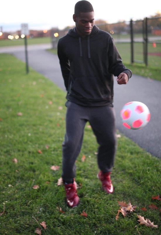 KanJam Illuminate Voetbal - KanJam