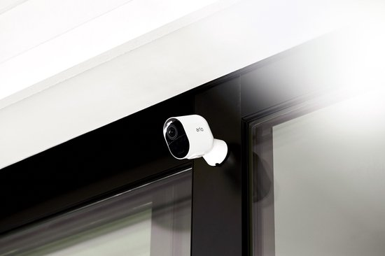 ARLO Ultra 4K - 3 beveiligings-/IP-camera's - Met basisstation