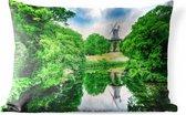 Buitenkussens - Tuin - De historische windmolen van Bremen in Duitsland - 50x30 cm
