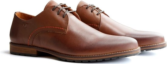 Travelin Manchester Leather - Leren veterschoenen - Donkerbruin - Maat 42