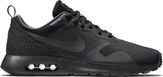 | Nike Air Max Tavas 705149 010, Mannen, Zwart