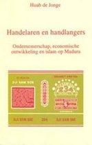Boek cover Handelaren en handlangers van H.M.C. de Jonge