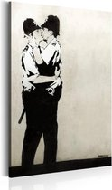 Schilderij - Kussende Agenten by Banksy,  Beige/Zwart