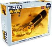 Puzzel 1000 stukjes volwassenen Ouderwets navigatiemateriaal 1000 stukjes - Verrekijker op een wereldkaart  - PuzzleWow heeft +100000 puzzels