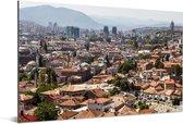 Skyline van de oude stad Sarajevo in Bosnië Aluminium 90x60 cm - Foto print op Aluminium (metaal wanddecoratie)