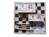 Longfield Games Compleet dam/schaakbord met schaakstukken en damstenen + gratis 2 toverstokjes, propellerstokjes van hout