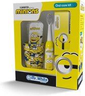 Minions geschenkverpakking - tandenborstel - tandpasta - beker - speelkaartjes
