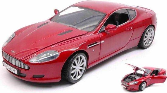 Aston Martin DB9 Coupe - 1:18 - Motor Max