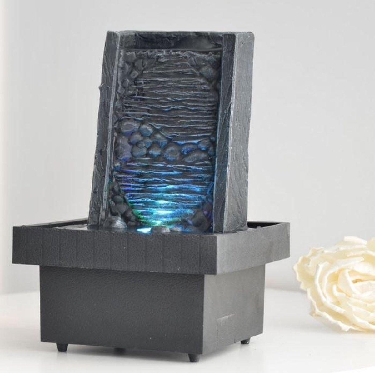 Eveil Zen - fontein -interieur - fontein voor binnen - relaxeer - zen - waterornament - cadeau - geschenk - relatiegeschenk - origineel - lente - zomer - lentecollectie - zomercollectie - afkoeling - koelte
