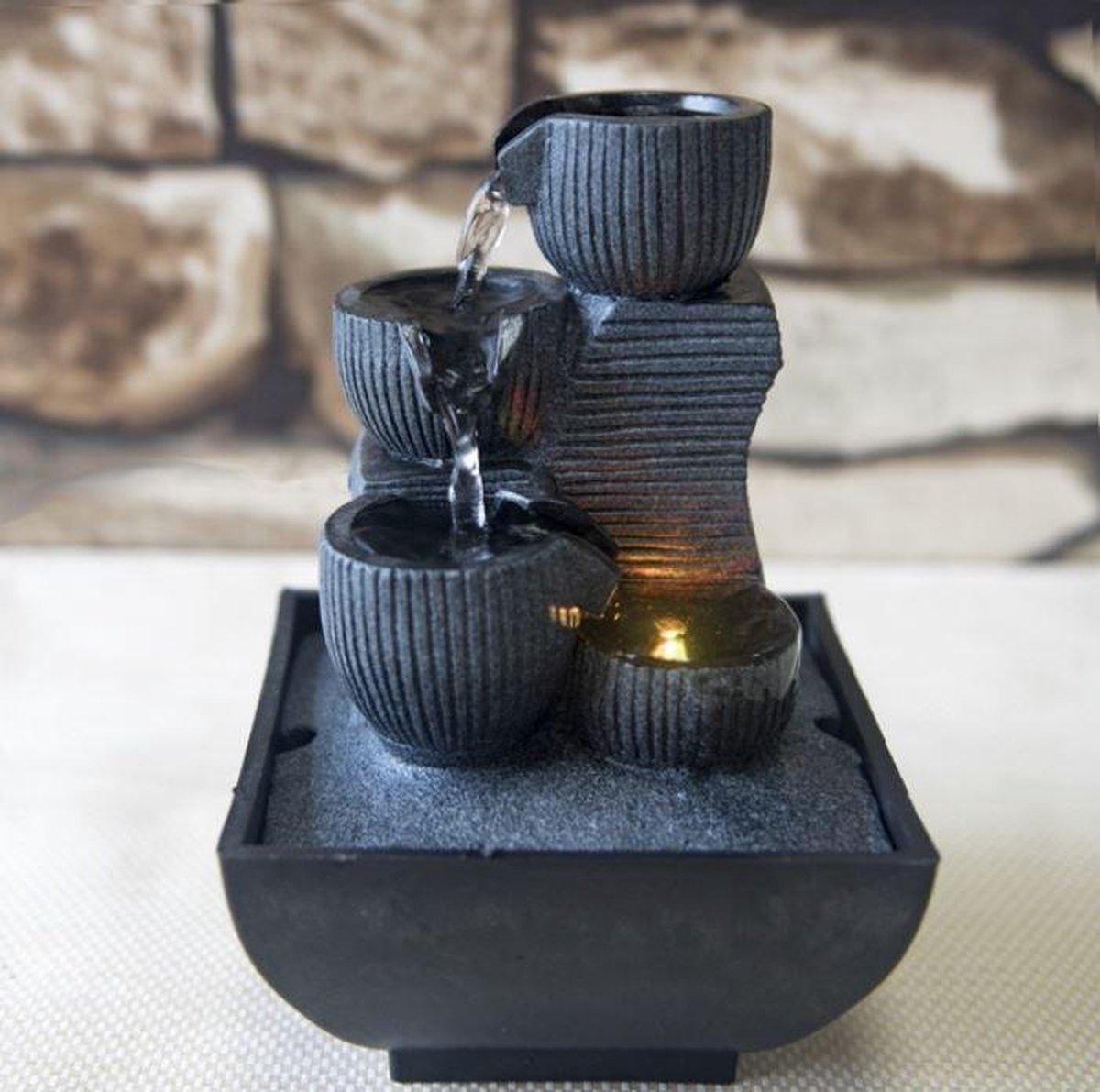 Kini Relax - fontein - interieur - fontein voor binnen - relaxeer - zen - waterornament - cadeau - geschenk - relatiegeschenk - origineel - lente - zomer - lentecollectie - zomercollectie - afkoeling - koelte