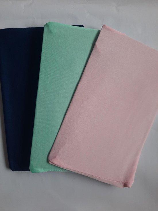 Afbeelding van Rekbare boekenkaften 3 stuks roze mint blauw - geen kaftpapier nodig - elastisch tot A4 speelgoed