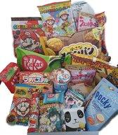 Japan Snack Luxe Medium Surprise Box - Japanse KitKat Pocky Matcha Kawaii Anime Chocolade Snoep Koek