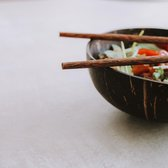 Coconut Bowl & Chopsticks   Large    Doorsnede Ø 12 cm   Kokosnoot Kom   Coconut Bowls   Handgemaakt in Vietnam    Trevadua
