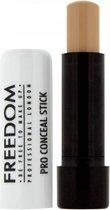 Freedom Pro Conceal Stick � Medium-Dark