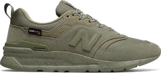 bol.com | New Balance CM997 D Heren Sneakers - Green - Maat 44