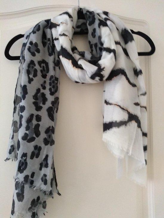 Sjaal Mila panterprint zwart grijs