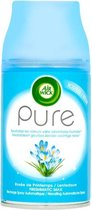 AirWick Pure Lentedauw Spray Navulling Neutraliseert Geurtjes Zonder Vochtige Nevel - 1Spray