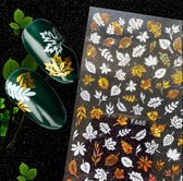 Nail art stickers Goud witte blaadjes + - 70 pcs nailart