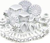 33 taart decoratie figuurtjes / gereedschap cake fondant versiering bloemen set uitsteekfiguurtjes