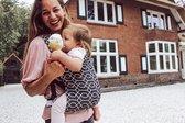 Draagzak baby Easy Carrier - De Makkelijkste draagzak  - We Are Wovens  - Zwart - Te gebruiken vanaf geboorte - Van super zacht katoen - ergonomisch draagzak