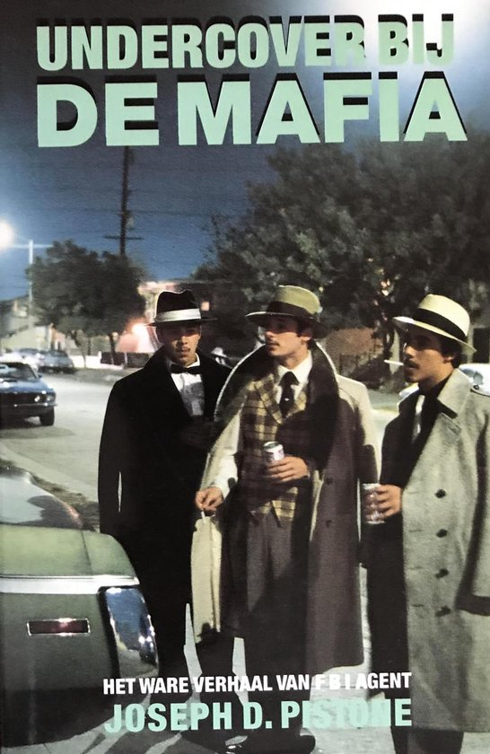 Boek cover Undercover by de mafia van Pistone (Hardcover)