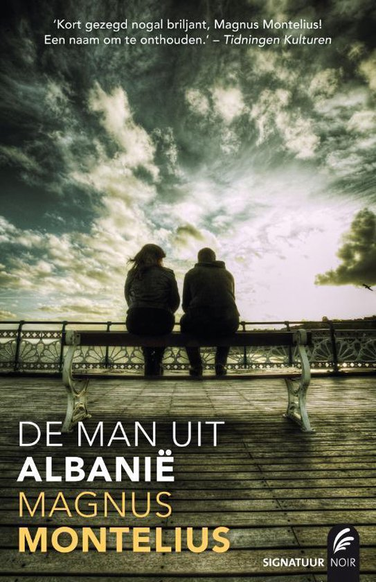 Cover van het boek 'De man uit Albanie' van Magnus Montelius