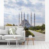 Fotobehang vinyl - De Sabanci Moskee op een lichte ochtend in Turkije breedte 260 cm x hoogte 260 cm - Foto print op behang (in 7 formaten beschikbaar)