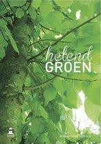 Helend groen