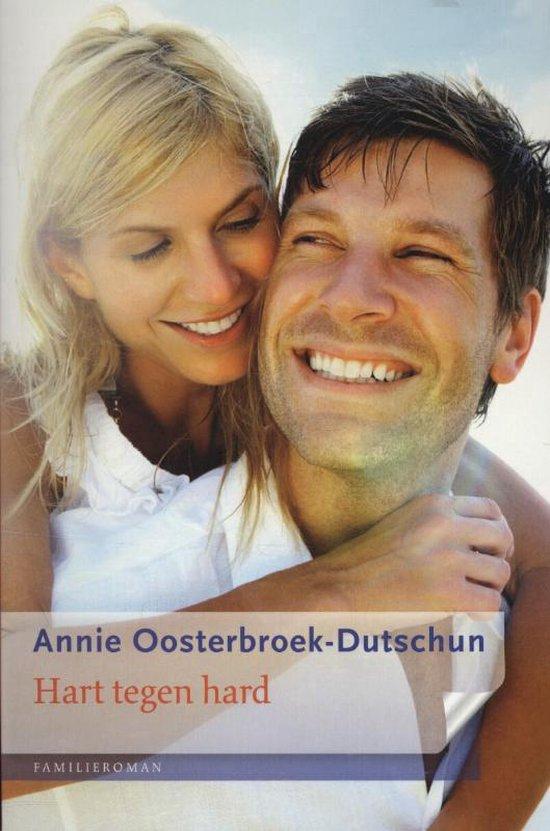 Cover van het boek 'Hart tegen hard' van Annie Oosterbroek-Dutschun