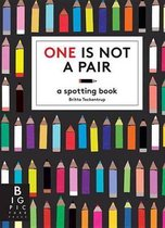 Boek cover One Is Not a Pair van Britta Teckentrup