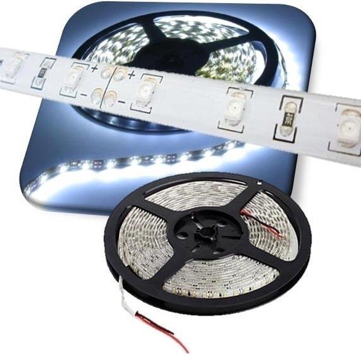 5 meter - koud wit 6000K - LED strip - 12 volt - 5050 SMD - dimbaar- 30 leds WP IP65