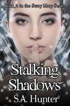 Omslag Stalking Shadows