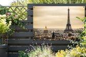 Dichte wolken boven Parijs en de Eiffeltoren Tuinposter 120x80 cm - Tuindoek / Buitencanvas / Schilderijen voor buiten (tuin decoratie)