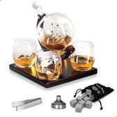 Whisiskey ® Decanteerkaraf - Wereldbol - Luxe Whiskey Karaf Set - 0,9 L - Incl. 8 Whisky Stones, Schenktuit en 4 Glazen
