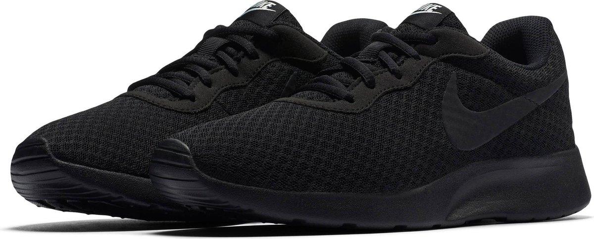 bol.com   Nike Tanjun Dames Sneakers - Black/Black-White ...