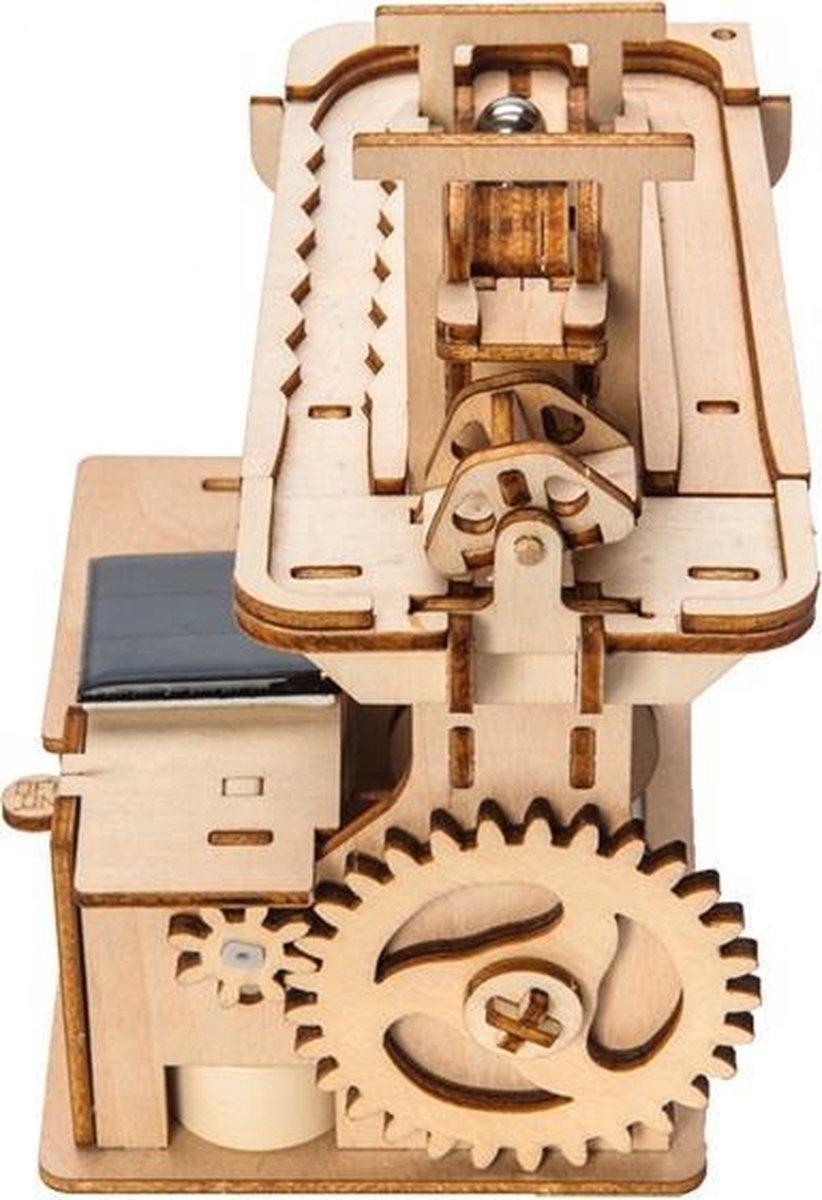 Bouwpakket Knikkerbaan De Traploper Hybride op Zonne-energie en Batterij -van hout