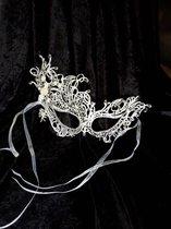 Rosen Kant Mask - Rose lace mask