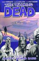Walking Dead Walking Dead (03): Safety Behind Bars