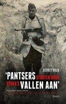 Boek cover Pantsers stooten door, stukas vallen aan van Gerrit Valk